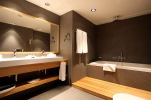 Executive Room Bathroom-min-min