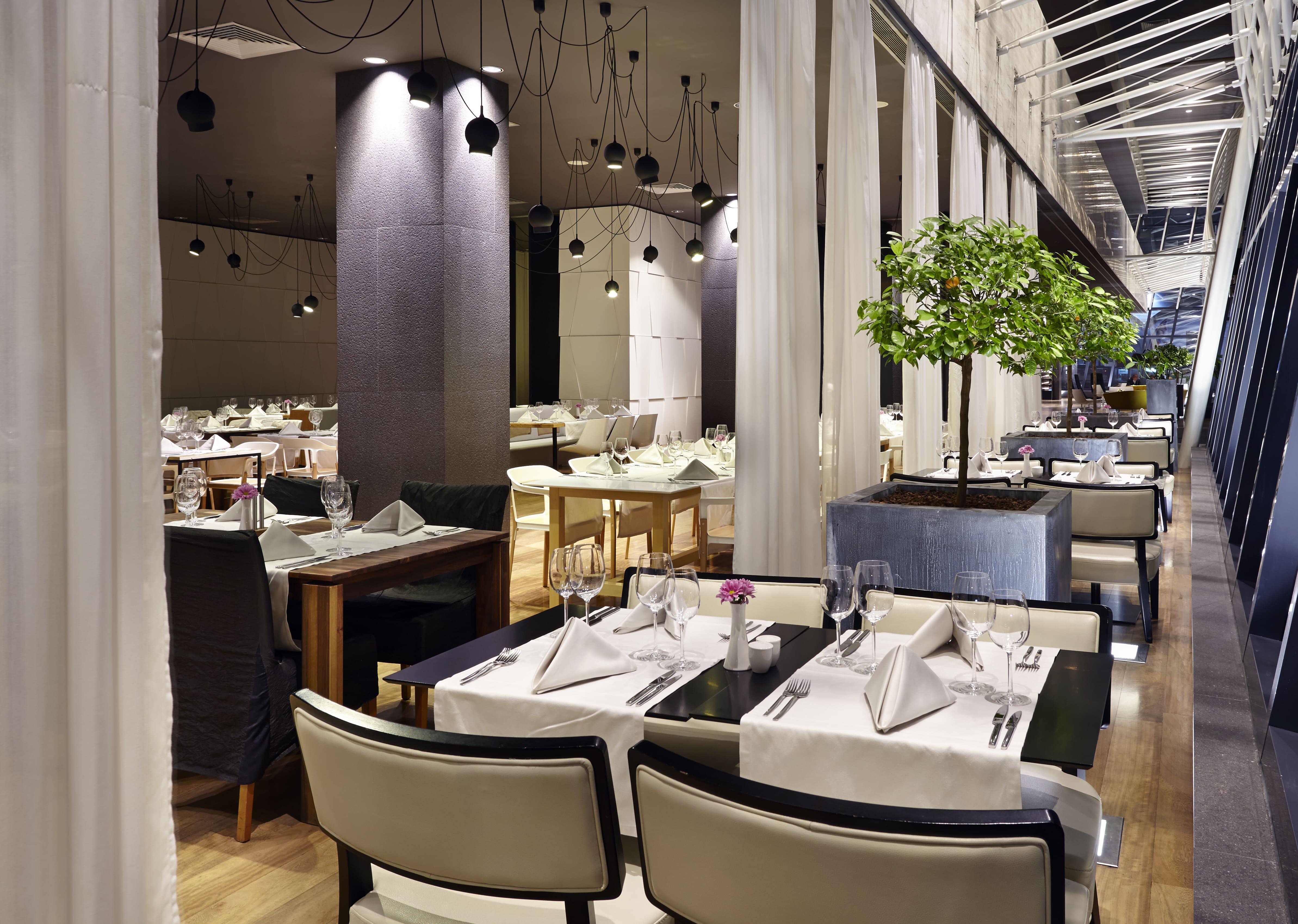 Restaurant-min